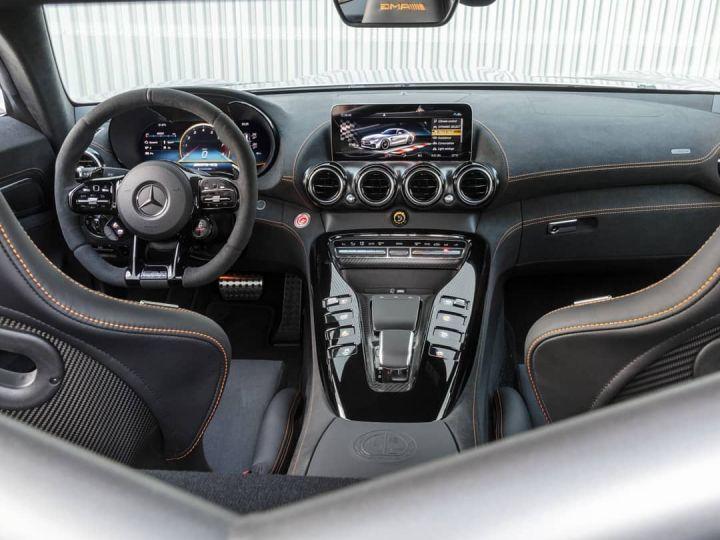 Mercedes AMG GT GT-R BLACKSERIES  - 3