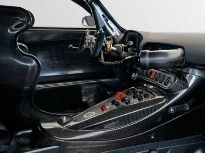 Mercedes AMG GT GT3 V8 6.3 compétition  noir mat - 4