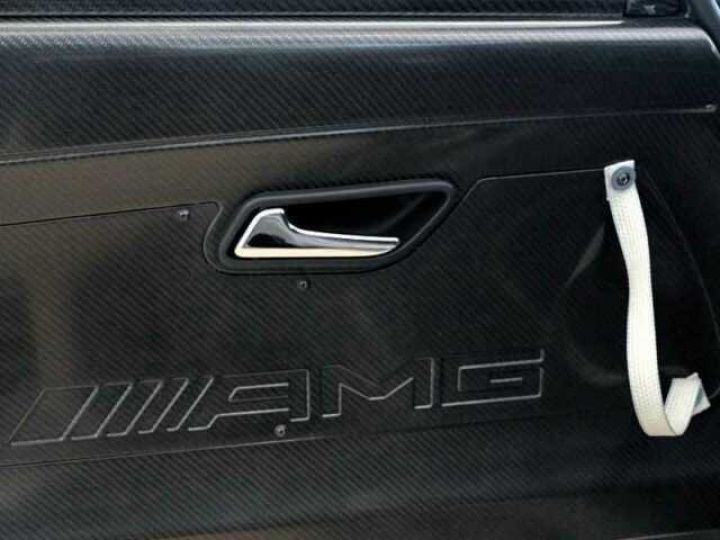 Mercedes AMG GT GT3 V8 6.3 compétition  noir mat - 9
