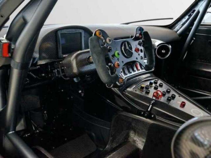 Mercedes AMG GT GT3 V8 6.3 compétition  noir mat - 11