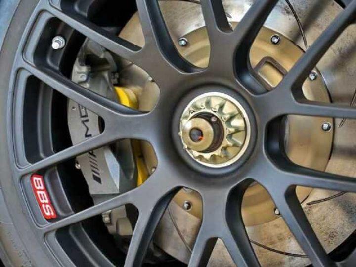 Mercedes AMG GT GT3 V8 6.3 compétition  noir mat - 15
