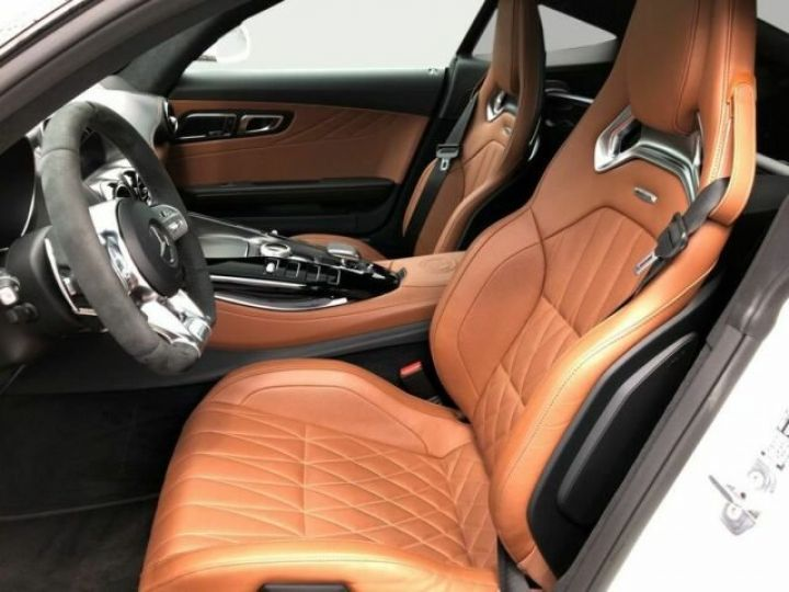 Mercedes AMG GT V8 bi-turbo 4.0  Designo Diamant Weiss - 8