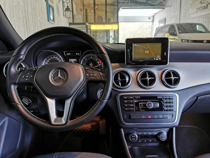 Mercedes CLA 200 CDI 136 CV SENSATION BVA Noir - 6