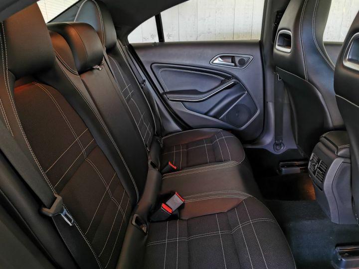 Mercedes CLA 200 CDI 136 CV SENSATION BVA Noir - 9
