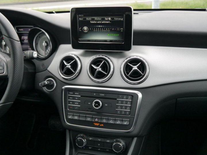 Mercedes CLA 220 d 177 4M 7G-DCT  (12/2015) blanc cirrus - 7