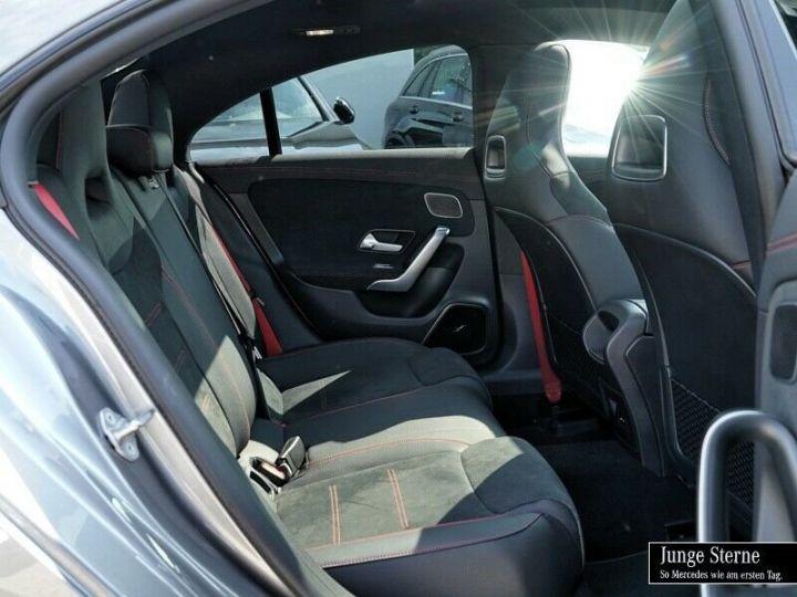 Mercedes CLA 35 AMG 7G DCT 306 CV 4P GRIS Occasion - 4
