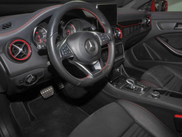 Mercedes CLA 45 AMG 381ch 4M Speedshift DCT ROUGE - 9