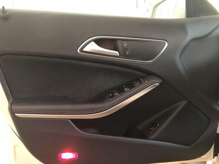 Mercedes CLA Shooting Brake 180D FASCINATION 7G-DCT Blanc - 9