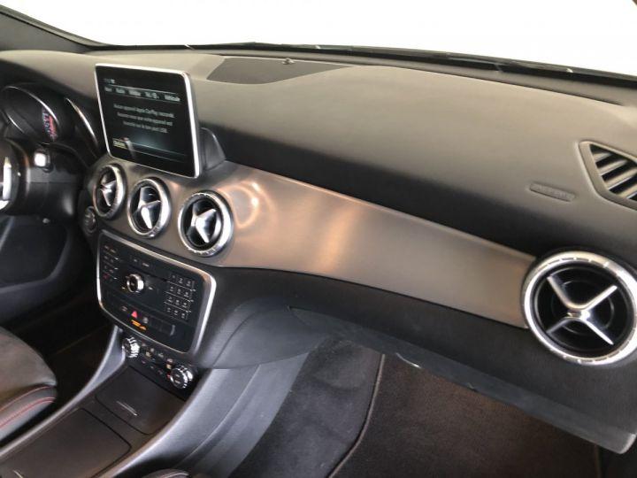 Mercedes CLA Shooting Brake 180D FASCINATION 7G-DCT Blanc - 16