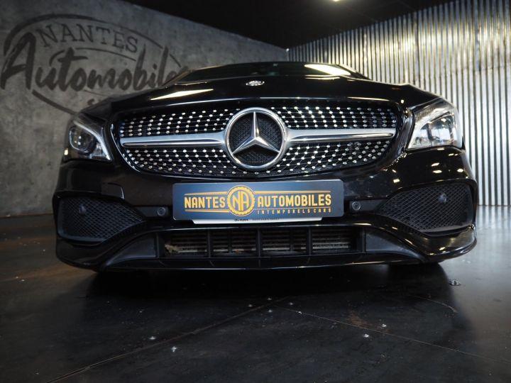 Mercedes CLA Shooting Brake 220d launch edition 7G-DCT NOIR  - 3