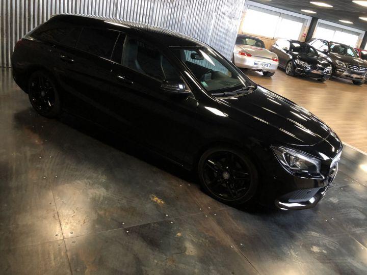 Mercedes CLA Shooting Brake 220d launch edition 7G-DCT NOIR  - 4