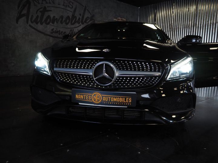 Mercedes CLA Shooting Brake 220d launch edition 7G-DCT NOIR  - 11