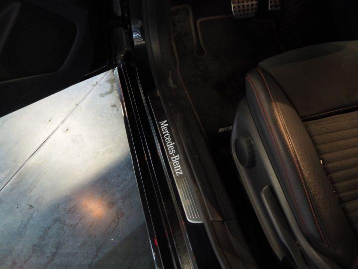 Mercedes CLA Shooting Brake 220d launch edition 7G-DCT NOIR  - 14