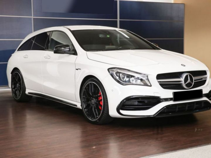 Mercedes CLA Shooting Brake 45 AMG 381CH 4MATIC SPEEDSHIFT DCT BLANC Occasion - 2
