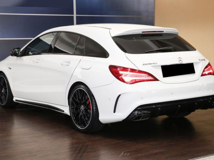 Mercedes CLA Shooting Brake 45 AMG 381CH 4MATIC SPEEDSHIFT DCT BLANC Occasion - 4