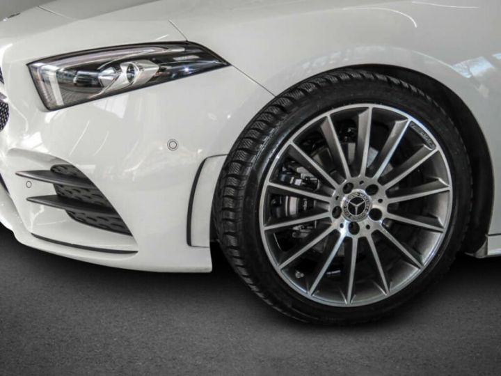 Mercedes Classe A 200 AMG LINE  BLANC  Occasion - 1