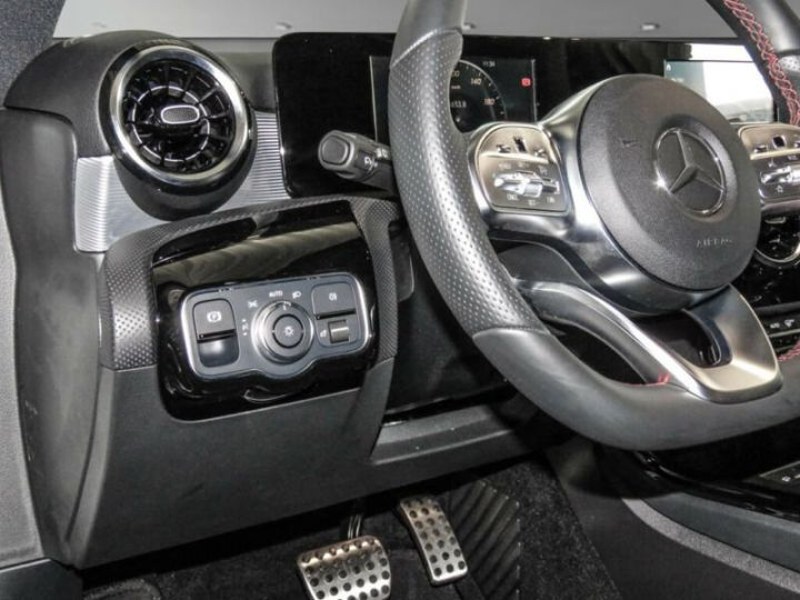 Mercedes Classe A 200 AMG LINE  BLANC  Occasion - 9