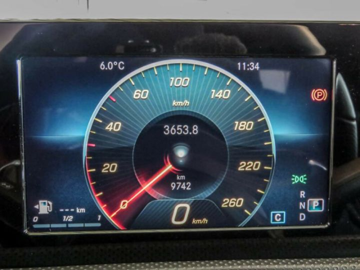Mercedes Classe A 200 AMG LINE  BLANC  Occasion - 10