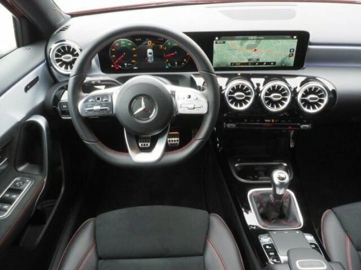 Mercedes Classe A 200 BVM PACK AMG NIGHT  ROUGE Occasion - 7