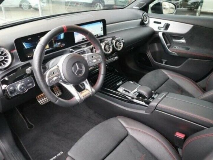 Mercedes Classe A 35 AMG 4 MATIC 7G DCT GRIS MONTAIN  Occasion - 4