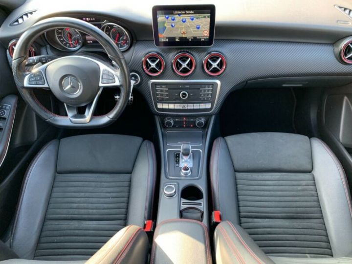 Mercedes Classe A 45 AMG Night Edition DCT Rouge Metallise - 3