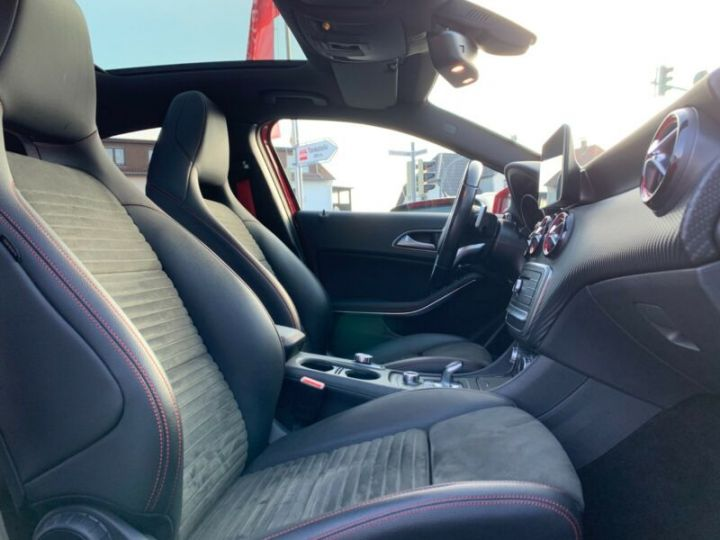 Mercedes Classe A 45 AMG Night Edition DCT Rouge Metallise - 8