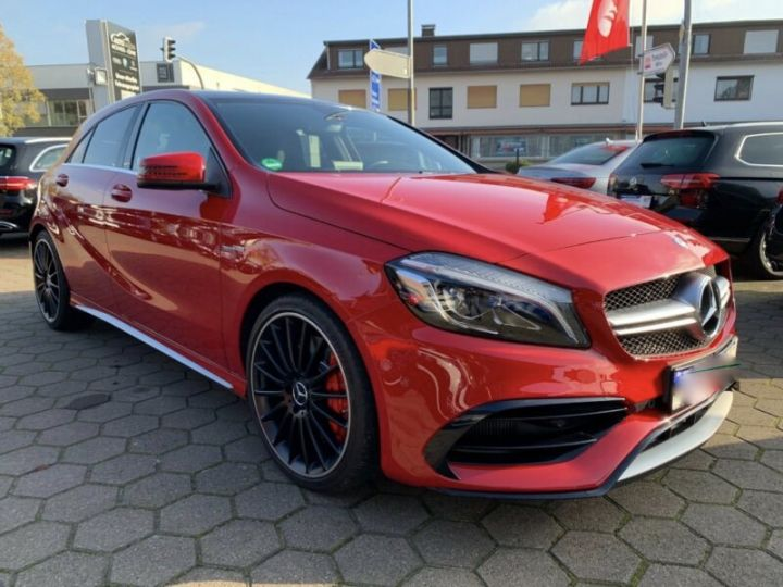 Mercedes Classe A 45 AMG Night Edition DCT Rouge Metallise - 15