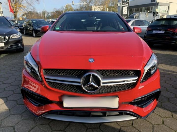 Mercedes Classe A 45 AMG Night Edition DCT Rouge Metallise - 16