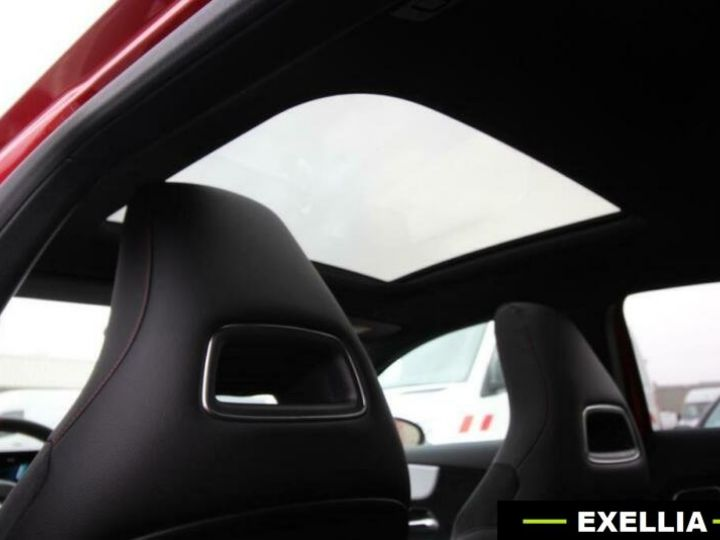 Mercedes Classe A A 35 AMG  ROUGE Occasion - 8
