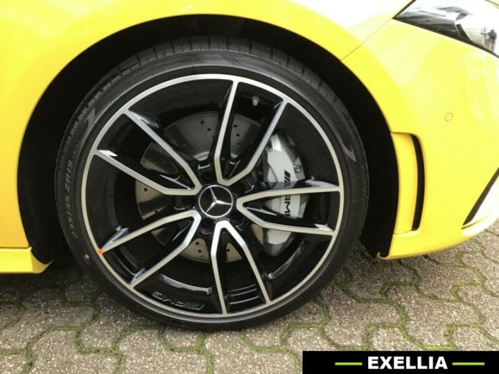 Mercedes Classe A A 35 AMG 4 Matic  JAUNE PEINTURE METALISE  Occasion - 11