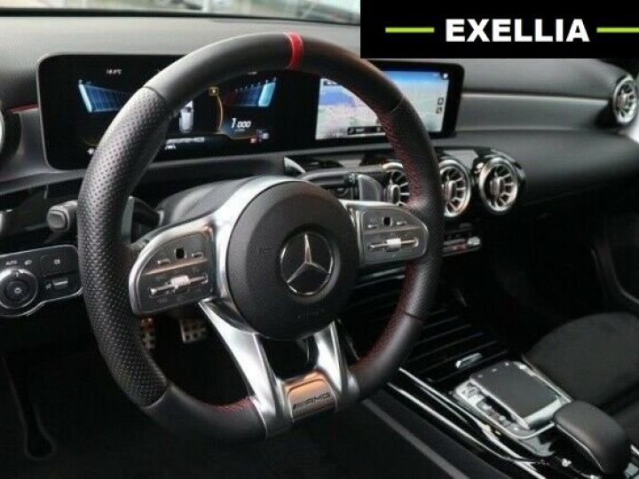 Mercedes Classe A A35 AMG 4 MATIC GRIS Occasion - 15