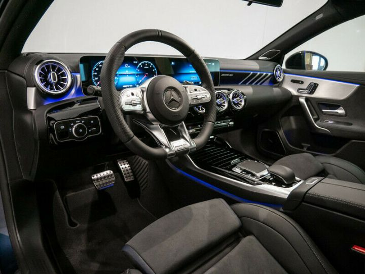 Mercedes Classe A EDITION 1 A35 AMG 4M PANO LED Bleu - 17