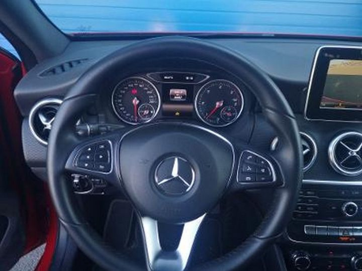 Mercedes Classe A III 2 200 CDI INSPIRATION Rouge Métallisé Occasion - 8