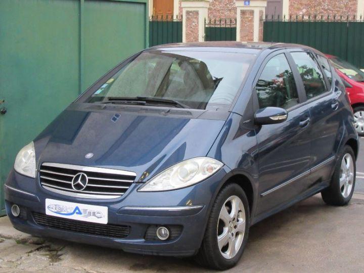 Mercedes Classe A W169 200 CDI AVANTGARDE 5P BLEU FONCÉ Occasion - 1