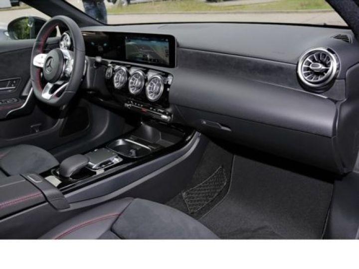 Mercedes Classe A W176 180 D SPORT EDITION 7G-DCT NOIR Occasion - 7