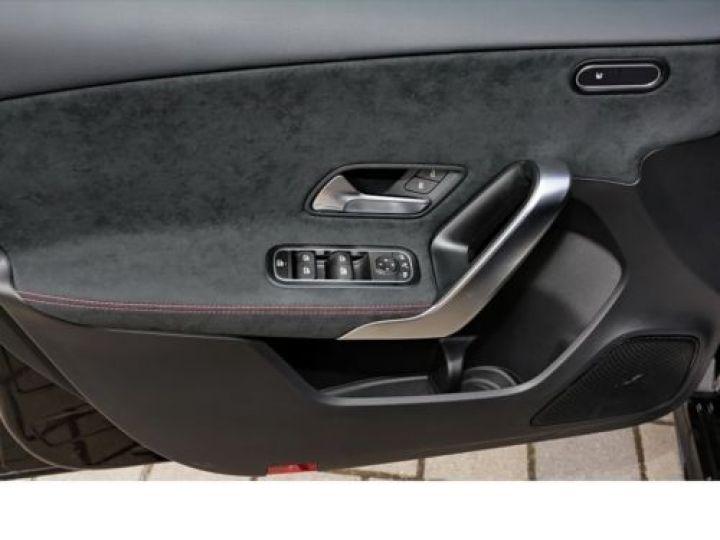 Mercedes Classe A W176 180 D SPORT EDITION 7G-DCT NOIR Occasion - 9