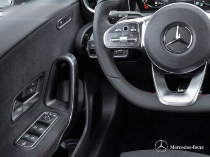 Mercedes Classe A W176 180 D SPORT EDITION 7G-DCT GRIS Occasion - 10