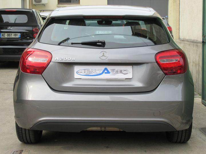 Mercedes Classe A W176 200 D BUSINESS 7G-DCT GRIS FONCE Occasion - 7