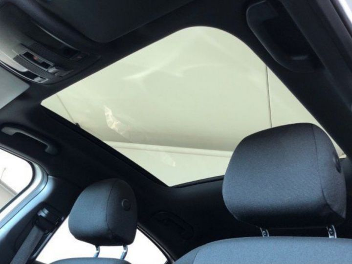 Mercedes Classe B 220 CDI 170 cv 7G-TRON(12/2013) blanc - 9