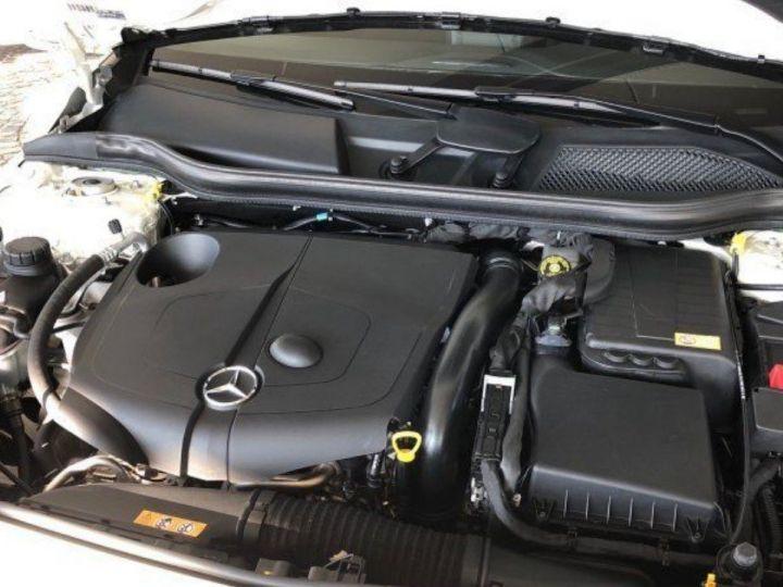 Mercedes Classe B 220 CDI 170 cv 7G-TRON(12/2013) blanc - 13