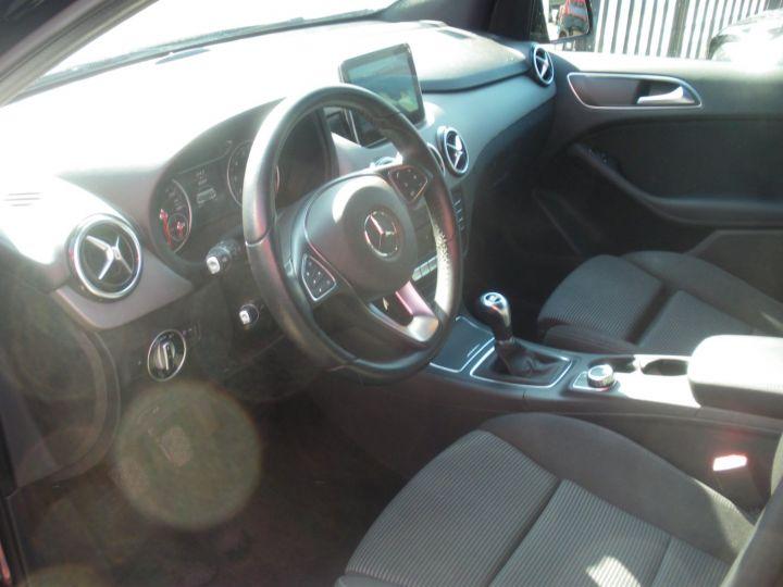Mercedes Classe B B160 102 INTUITION NOIR - 3