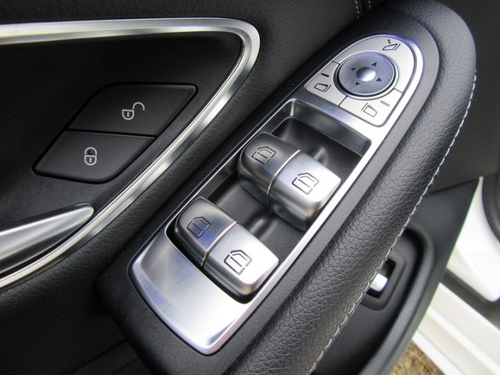Mercedes Classe C 200 HYBRIDE 184CH 9G-TRONIC BLANC Occasion - 19