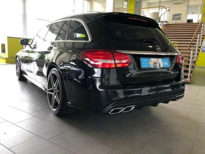 Mercedes Classe C 63 AMG T AMG Performance / GPS / PHARE LED / REGULATEUR / SIEGE CHAUFFANTS / GARANTIE 12 MOIS Noir métallisée  - 2
