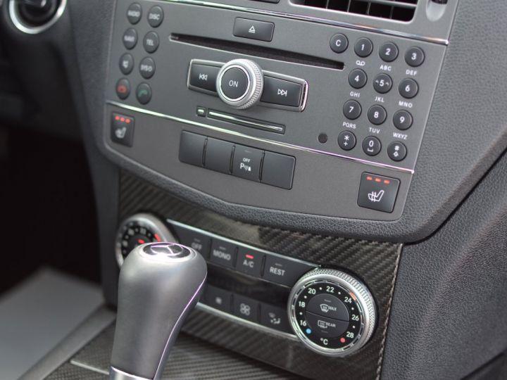 Mercedes Classe C C63 AMG W204 2EME MAIN HISTORIQUE FULL MERCEDES NOIR METAL - 9
