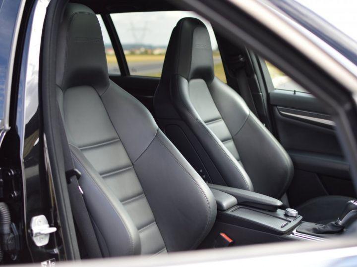Mercedes Classe C C63 AMG W204 2EME MAIN HISTORIQUE FULL MERCEDES NOIR METAL - 13