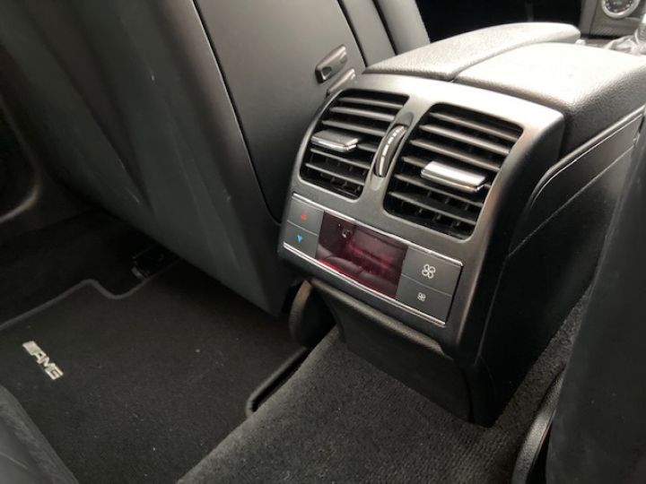 Mercedes Classe C MERCEDES C63 AMG 457CV 68000 KMS Gris - 28