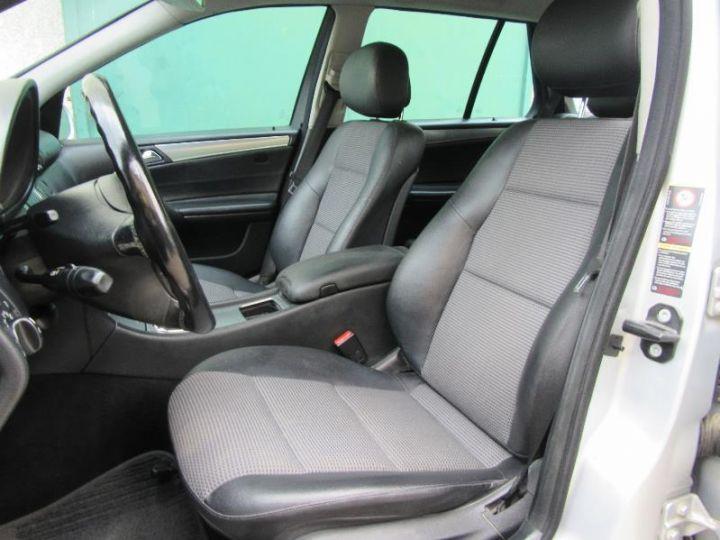 Mercedes Classe C S203 220 CDI AVANTGARDE LUXE BA GRIS CLAIR Occasion - 4