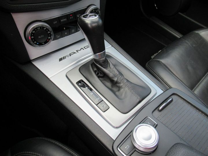 Mercedes Classe C (S204) 63 AMG SPEEDSHIFT MCT Gris - 11