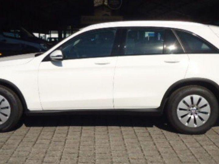 Mercedes Classe CLC 220 D 170 4MATIC 9G-TRONIC  (06/2016) blanc polaire - 2