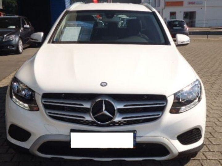 Mercedes Classe CLC 220 D 170 4MATIC 9G-TRONIC  (06/2016) blanc polaire - 3